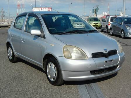 TOYOTA VITZ (YARIS) F D PACKAGE