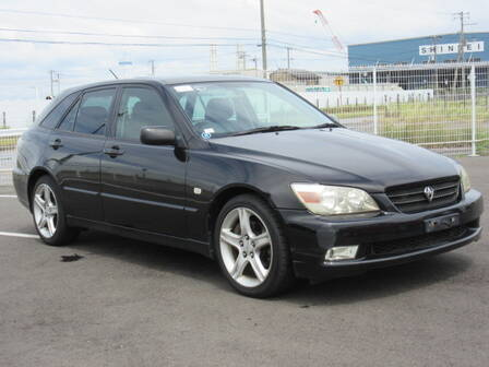 TOYOTA ALTEZZA GITA AS200 Z EDITION