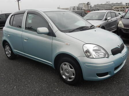 TOYOTA VITZ (YARIS) F L PACKAGE