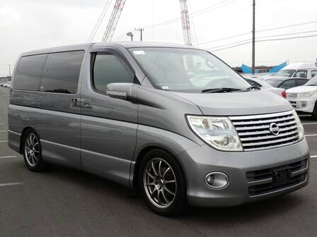 NISSAN ELGRAND HIGHWAYSTAR