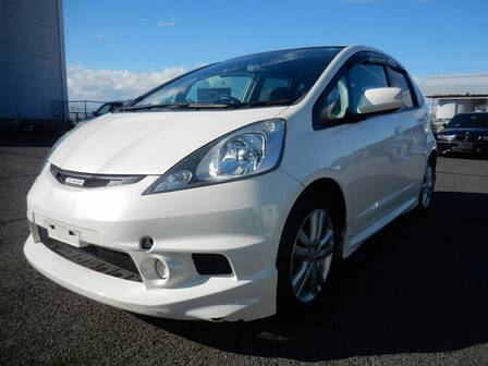 HONDA FIT (JAZZ) RS
