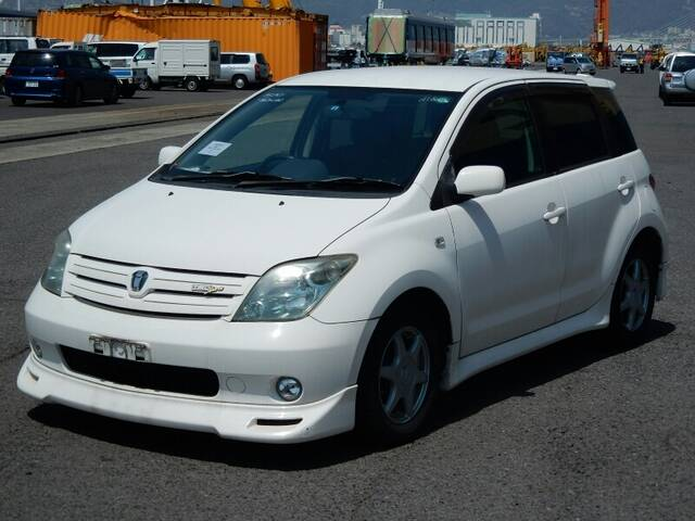 2004 TOYOTA IST | Ref No 0100027328 | Used Cars for Sale