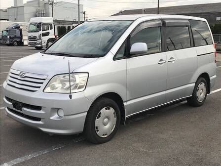 TOYOTA NOAH X G SELECTION