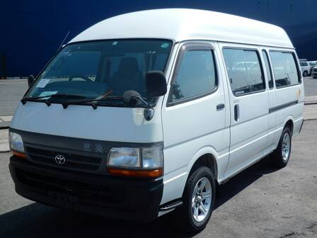 TOYOTA HIACE COMMUTER DX