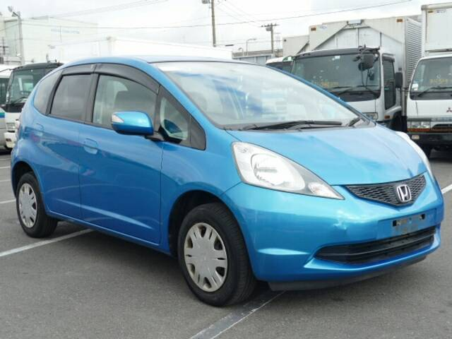 2009 Honda Fit Jazz Nice In Blue Color Very Good Fuel