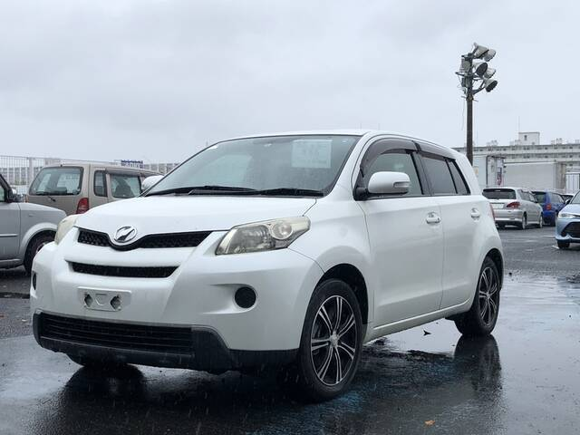 TOYOTA IST 150X SPECIAL EDITION