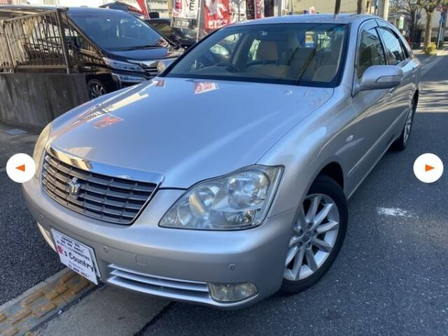 TOYOTA CROWN ROYAL SALOON PREMIUM EDITION