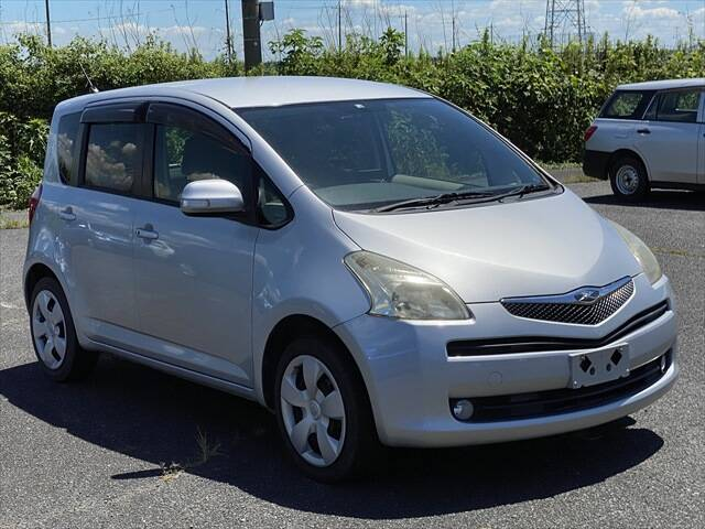 TOYOTA RACTIS X L PACKAGE