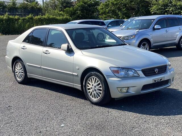 TOYOTA ALTEZZA (LEXUS IS200) AS200 WISE SELECTION