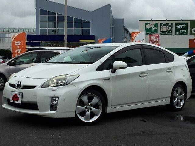 TOYOTA PRIUS S TOURING SELECTION