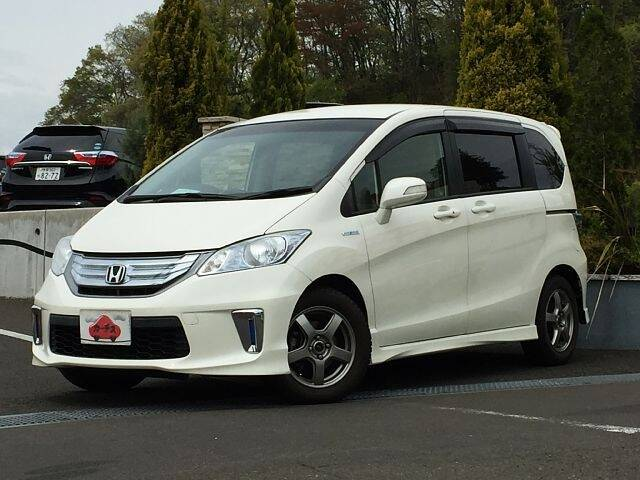 HONDA FREED HYBIRD