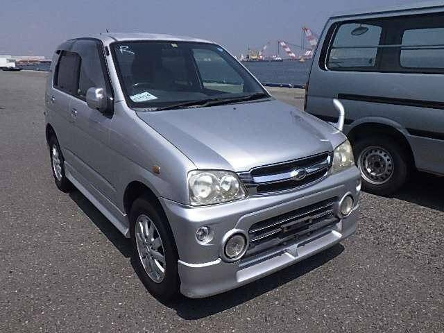 DAIHATSU TERIOS KID CUSTOM S EDITION