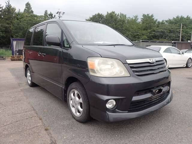 TOYOTA NOAH S V SELECTION