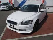 2005 VOLVO V50